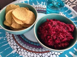 beetroot & chickpea dip